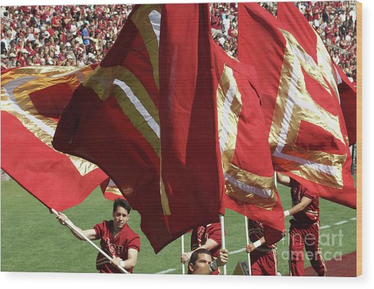 Flag Huddle Wood Print by Allen Simmons