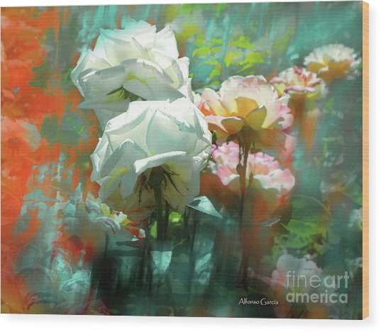 Flores De Junio Wood Print