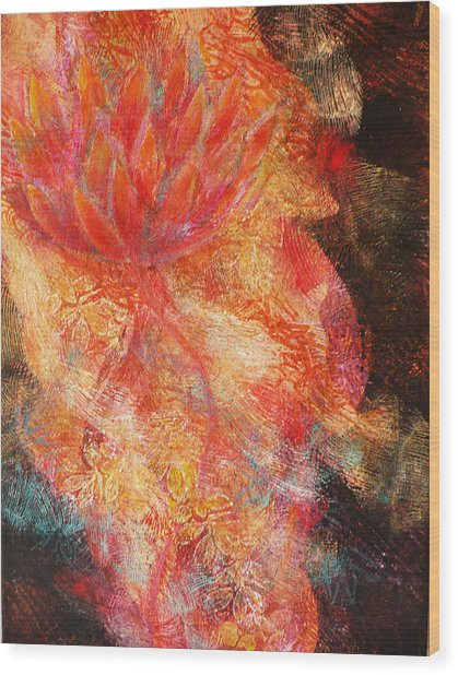 Flower Of The Flame Wood Print by Sue Reed