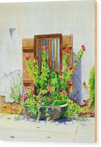 Flower Tub Wood Print