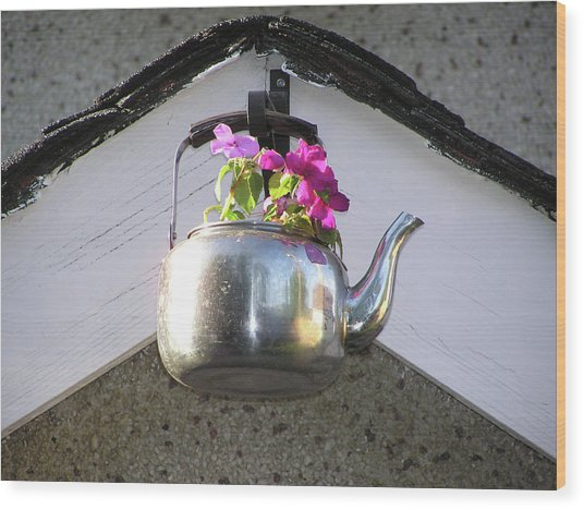 Flowers In Teapot Wood Print by Richard Mitchell