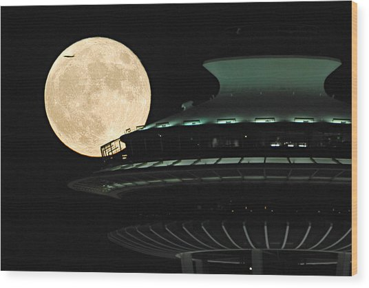 Fly Me To The Moon A331 Wood Print by Yoshiki Nakamura