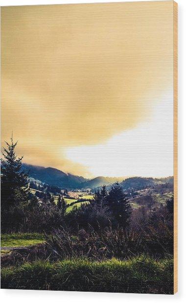 Fog Over Farmland Wood Print