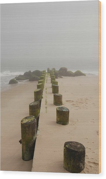 Fog Sits On Bay Head Beach - Jersey Shore Wood Print
