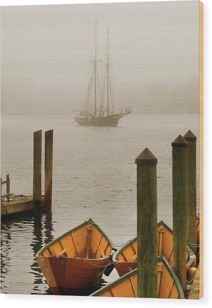 Foggy Morning In Gloucester Ma Wood Print