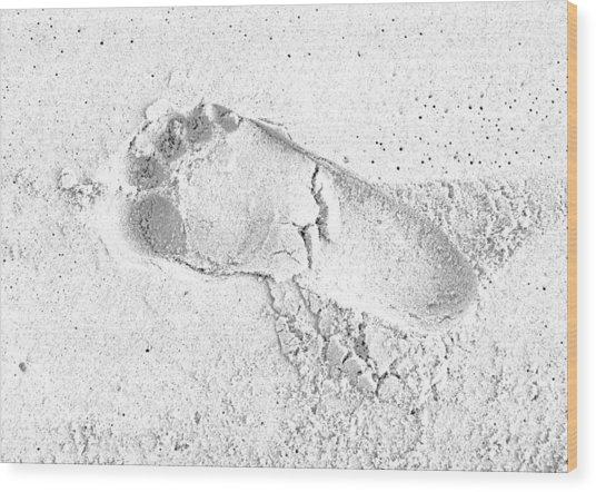 Footprint In The Sand Wood Print