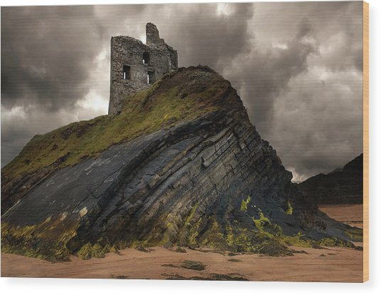 Forgotten Castle In Ballybunion Wood Print