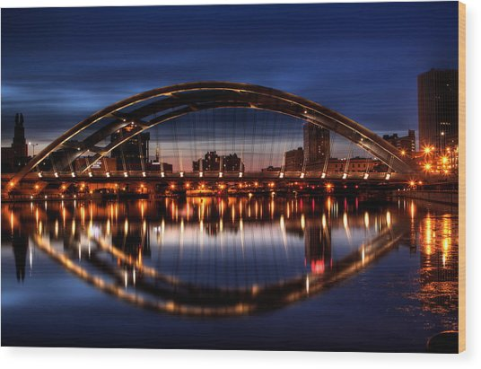 Freddy Sue Bridge Over The Genesee Wood Print