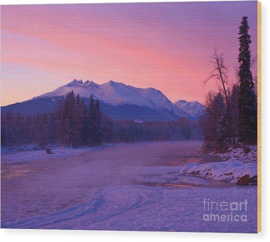 Freezing Under The Glow Wood Print