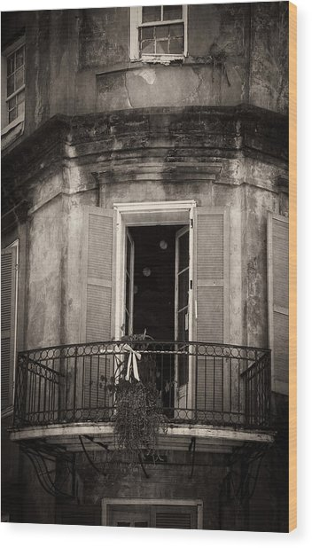 French Quarter Balcony In Black And White Wood Print