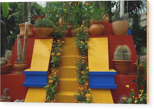 Frida Kahlo Exhibit At New York Botanic Garden Wood Print