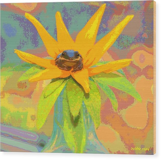 Frog A Lilly 2  - Photos Bydebbiemay Wood Print by Debbie May