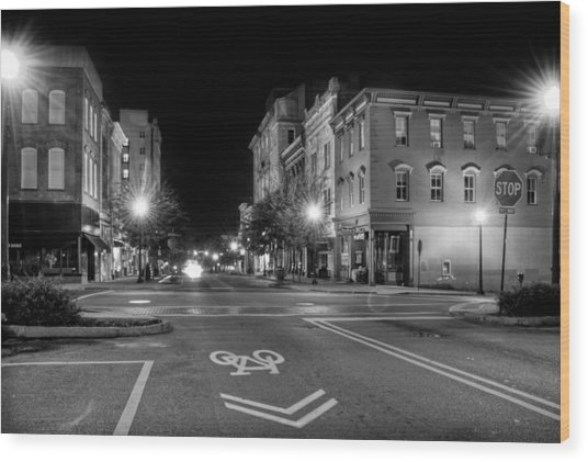 Front Street In Wilmington North Carolina In Black And White Wood Print
