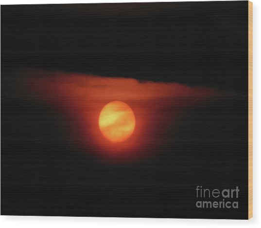Full Harvest Moon Wood Print