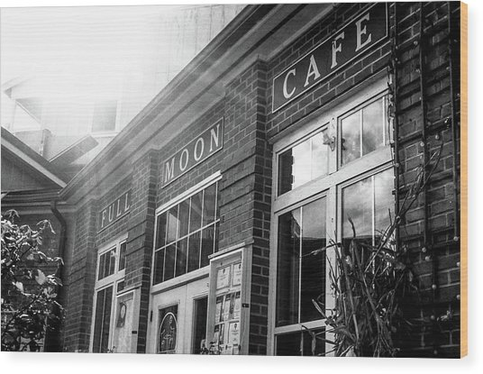 Full Moon Cafe Wood Print