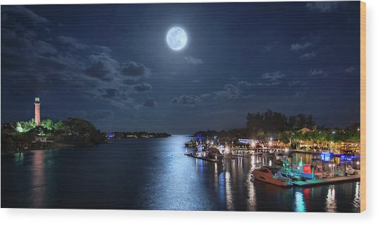 Full Moon Over Jupiter Lighthouse And Inlet In Florida Wood Print