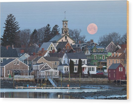 Full Moon Over Portsmouth Wood Print by Eric Gendron