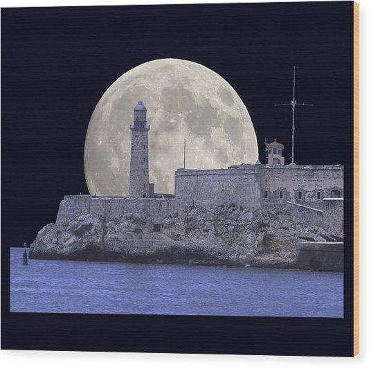 Full Moonrise Over The Castillo De Los Tres Reyes Magos Del Morro, Havana, Cuba Wood Print