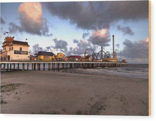 Galveston Island Historic Pleasure Pier Wood Print