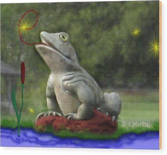 Garden Frog Wood Print