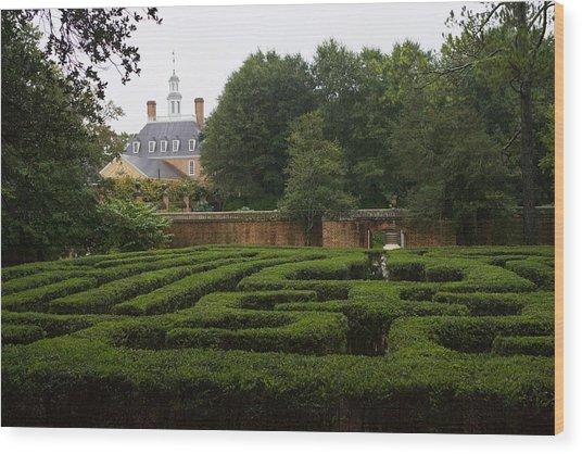Garden Maze At Governors Palace Wood Print