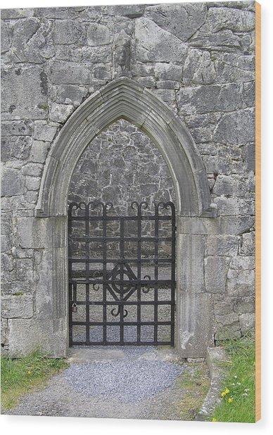 Gate To Irish Castle Wood Print
