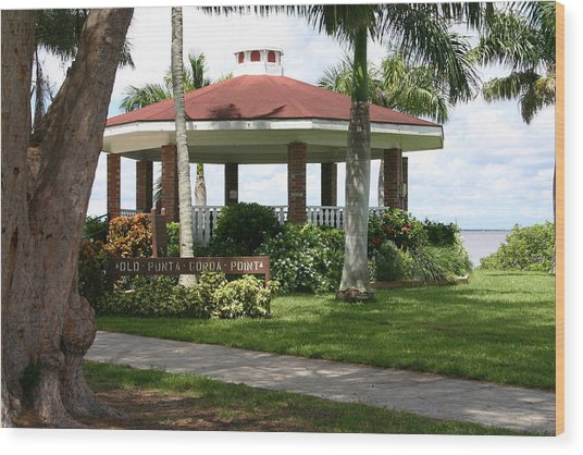 Gazebo Punta Gorda Fl Wood Print by Francesco Roncone