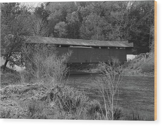 Wood Print featuring the photograph Geiger Covered Bridge B/w by Jennifer Ancker