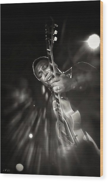 George Benson Black And White Wood Print