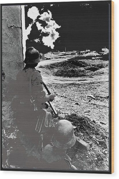 German Soldiers Watching Bombing Battle Of Stalingrad 5 1942 Color Added 2016 Wood Print