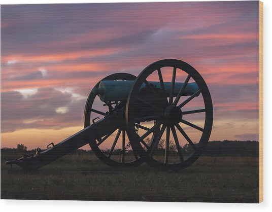 Gettysburg - Cannon On Cemetery Ridge At First Light Wood Print
