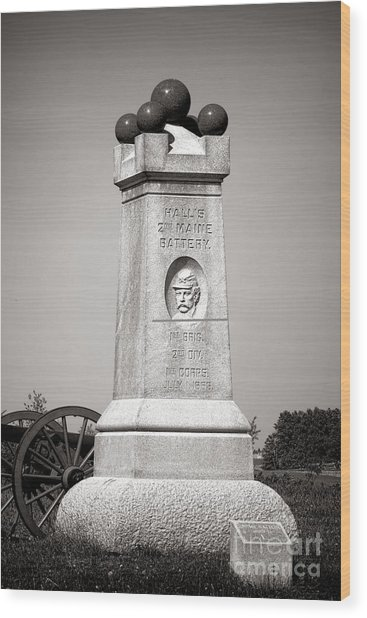 Gettysburg National Park 2nd Maine Battery Monument Wood Print