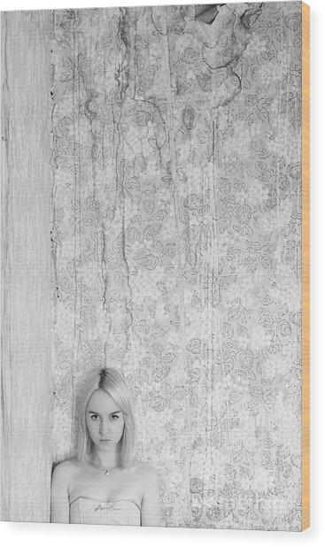 Girl #7112 Wood Print