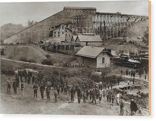 Glen Lyon Pa Susquehanna Coal Co Breaker Late 1800s Wood Print