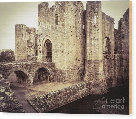 Glorious Raglan Castle Wood Print