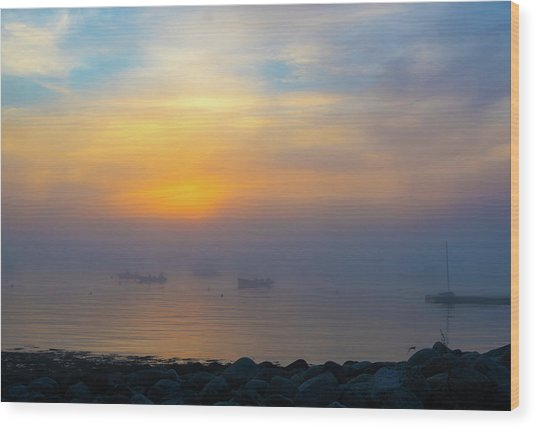 Gloucester Harbor Foggy Sunset Wood Print
