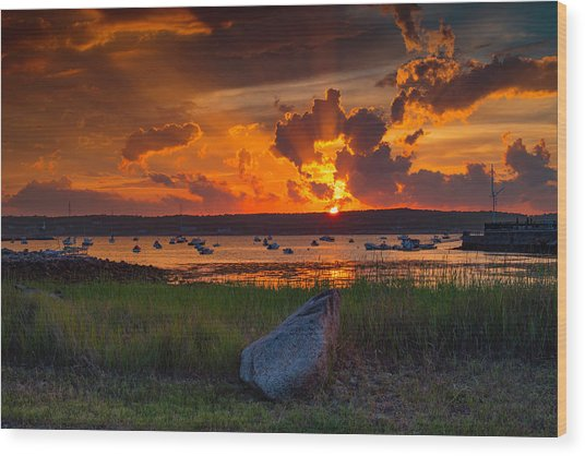Gloucester Harbor Sunset Wood Print