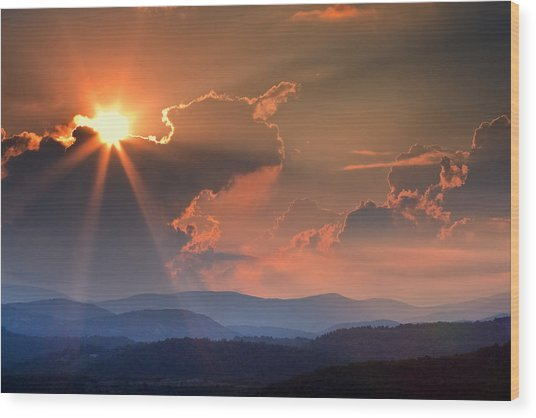 God Rays Over N C  Mountains Wood Print