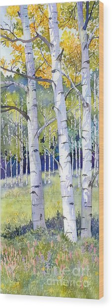 Going For Gold Wood Print by Lorraine Watry