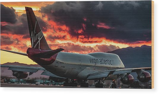 Wood Print featuring the photograph Going Home by Michael Rogers