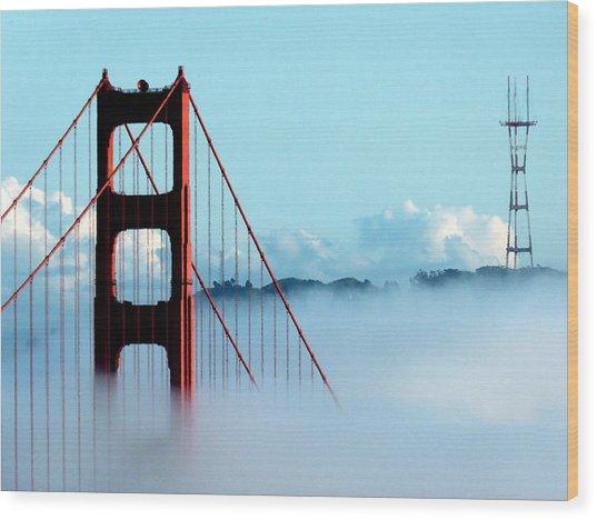 Golden Gate Bridge Tower Fog Antenna Wood Print