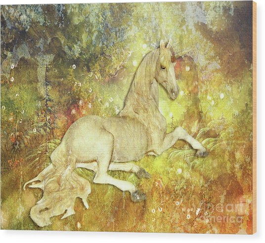 Golden Unicorn Dreams Wood Print