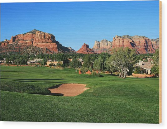 Golf In Paradise Wood Print by Gary Kaylor