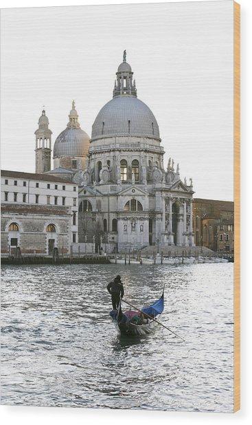 Gondola Alla Salute Wood Print