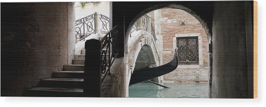 Gondola Da Ivo Wood Print