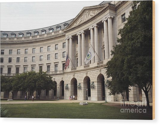 Government Achitecture In Washington Dc Wood Print