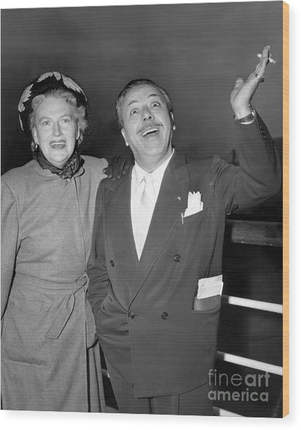 Gracie Fields And Husband, Monty Banks. Wood Print by Barney Stein
