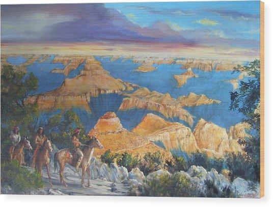 Grand Canyon Visitors At Sunrise Wood Print