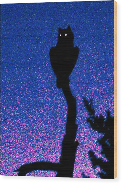 Great Horned Owl In The Desert Wood Print