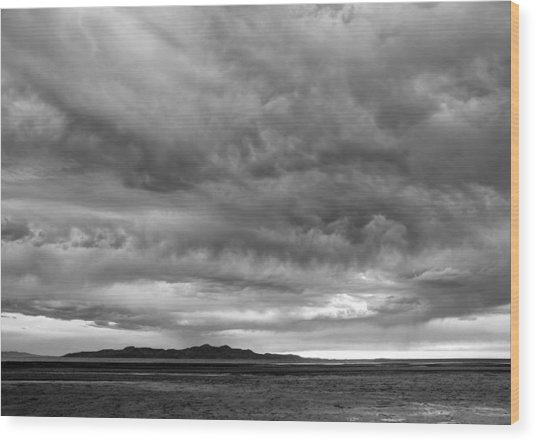 Great Salt Lake Clouds At Sunset - Black And White Wood Print